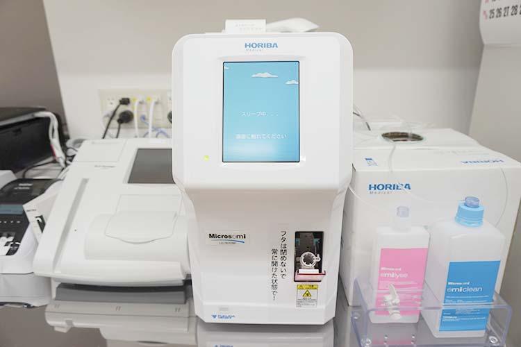 自動血球総数CRP測定装置
