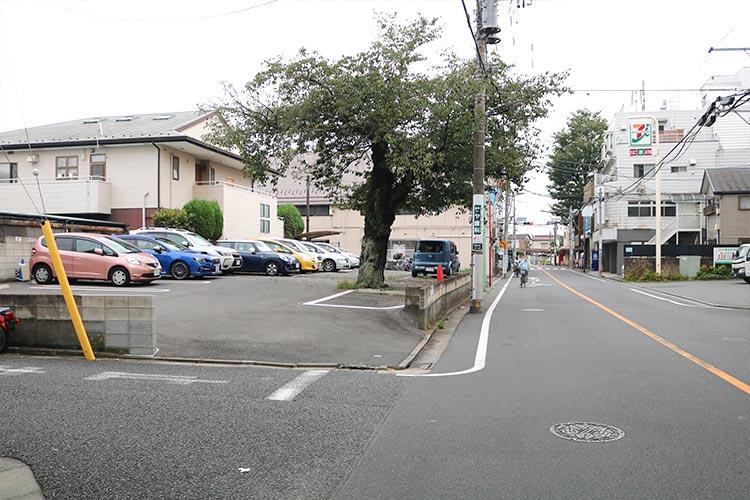 3台(敷地外専用駐車場)